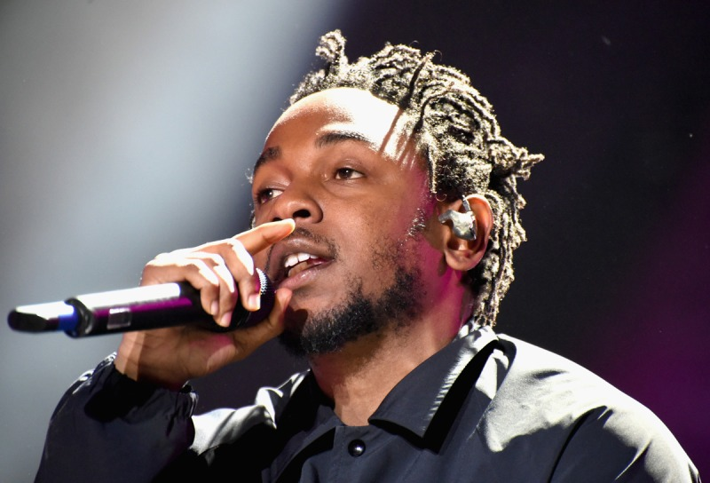 MANCHESTER, TN - JUNE 12:  Hip-hop artist Kendrick Lamar performs onstage at What Stage during Day 2 of the 2015 Bonnaroo Music And Arts Festival on June 12, 2015 in Manchester, Tennessee.  (Photo by Jeff Kravitz/FilmMagic for Bonnaroo Arts and Music Festival)