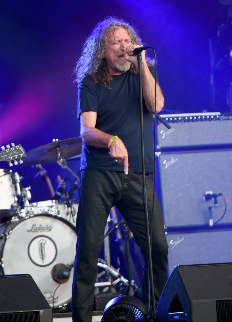 MANCHESTER, TN - JUNE 14:  Musician Robert Plant & The Sensational Space Shifters perform onstage at Which Stage during Day 4 of the 2015 Bonnaroo Music And Arts Festival on June 14, 2015 in Manchester, Tennessee.  (Photo by Jeff Kravitz/FilmMagic for Bonnaroo Arts and Music Festival)