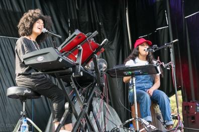 2016 Nelsonville Music Festival - Ibeyi-1