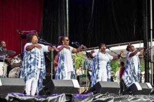DSC_8425McCrary Sisters and Fairfield Four- Rock My Soul
