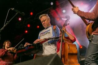 festy-2016-infamous-stringdusters-1
