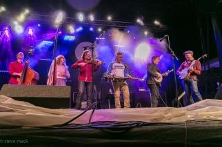 festy-2016-infamous-stringdusters-6