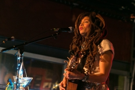 valerie-june-the-ar-music-bar-columbus-oh-2-13-17-13